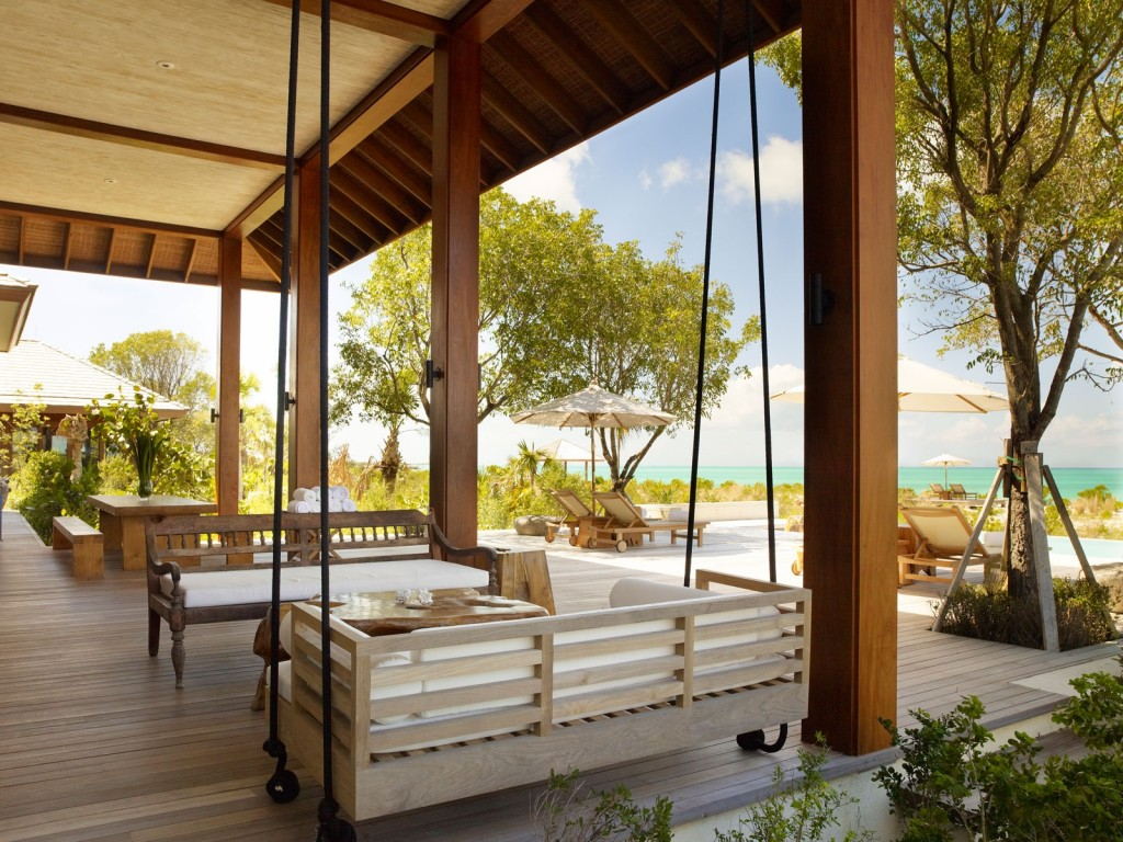 parrotcay_bkg_tamarind_pool_daybed